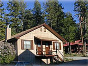Cottage Exterior at Summit Inn