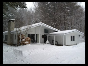 Exterior view of The Stowe Away Chalet.