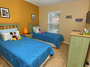 Vacation rental kids bedroom Vista Cay Inn.