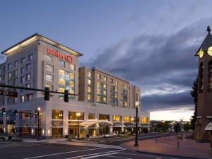 Exterior view of Hilton Vancouver Washington.