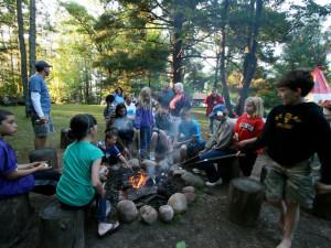 Campfire at Eagles Nest Resort.