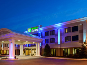 Exterior View of Holiday Inn Express Philadelphia NE-Bensalem
