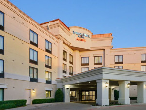 Exterior view of SpringHill Suites by Marriott Fort Worth University.