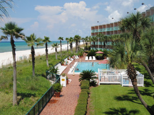 The perfect beachfront getaway at Casa Loma!