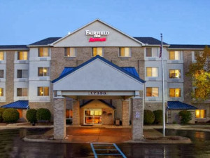 Exterior view of Fairfield Inn Detroit Livonia.