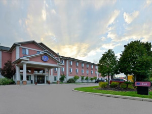 Exterior view of Comfort Suites - Twinsburg.