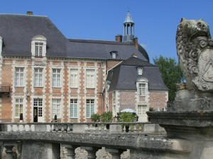 Exterior view of Château d'Etoges.