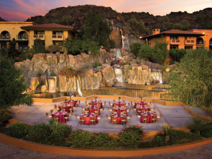 Outdoor Reception at Pointe Hilton Tapatio Cliffs Resort