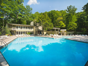 Outdoor pool at Stony Brook Cabins, LLC.