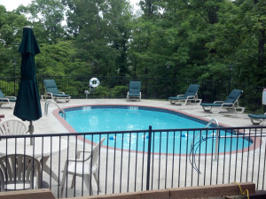 Outdoor pool at Lake Forest Cabins.
