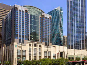 Exterior view of Embassy Suites Chicago - Downtown/Lakefront.