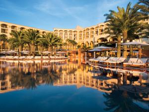 Exterior View of Hilton Los Cabos Resort.