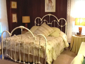 Guest room at Fairview Manor B & B Inn.