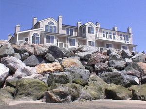 Exterior view of Landis Shores Oceanfront Inn.