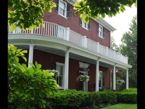 Exterior view of Highland Farm B & B Inn.