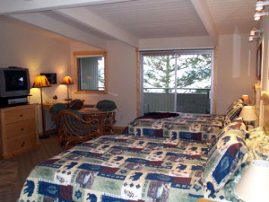 Guest room at Many Springs Flathead Lake Resort.