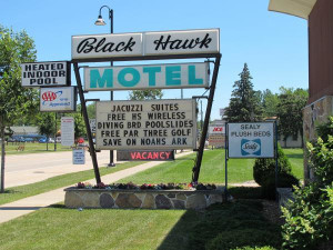 Welcome to the Black Hawk Motel