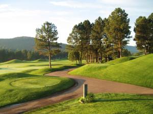 Links Golf Course near Village Lodge Suites.