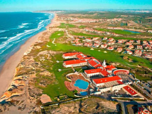 Aerial view of Marriott Praia D'el Rey Golf & Beach Resort.