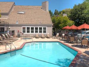 Outdoor pool at Residence Inn Palo Alto Mountain View.