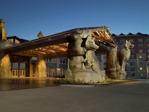 Exterior view of Great Wolf Lodge - Grand Mound.