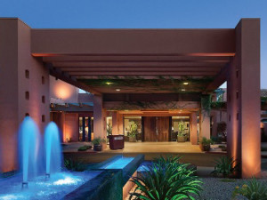 Front Entrance to Holiday Inn Club Vacations Scottsdale Resort