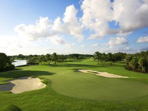 Golf course near HORA Vacation Rentals.