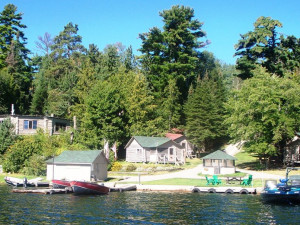 Lakeside Cabins at Little Moose Lodge