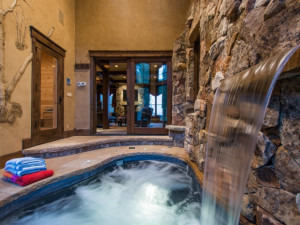 Rental spa at Utopian Luxury Vacation Homes.