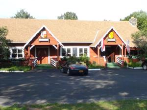 Exterior view of Crystal Brook Resort.