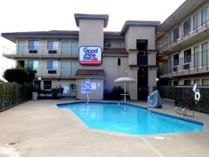 Outdoor pool at Good Nite Inn Sacramento.