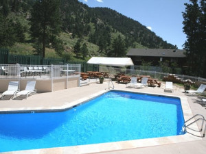 Outdoor pool at Fawn Valley Inn.
