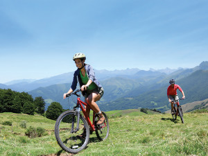 Mountain biking at Trailhead Lodge.