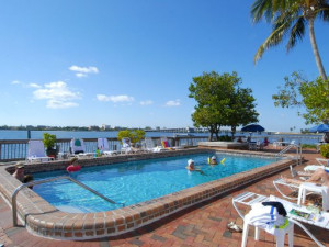 Outdoor pool at Englewood Beach & Yacht Club.