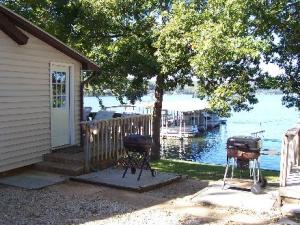 Easy Lake Access at Val-E-Vue Resort