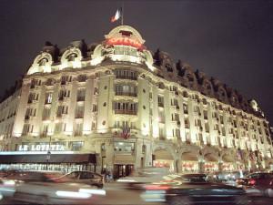 Exterior view of Hotel Lutetia.