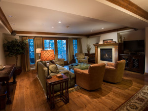 Belvedere Suite living room at Vail Mountain Lodge & Spa.