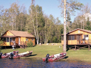 Lakeside Cabins at Bayview Lodge