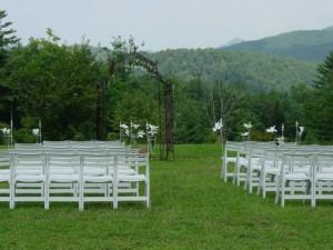 Outdoor wedding at Splendor Mountain.
