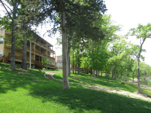 Exterior view of Vickery Resort On Table Rock Lake.