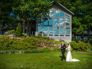 Outdoor Wedding at Crestwood Resort & Spa