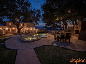 Rental outdoor pool at Utopian Austin Vacation Rentals.
