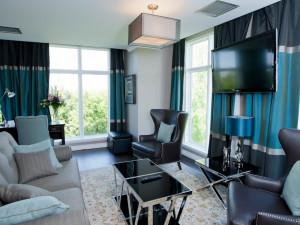 Suite living room at Elm Hurst Inn & Spa.