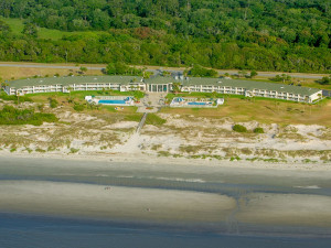Aerial view of Days Inn & Suites Jekyll Island.