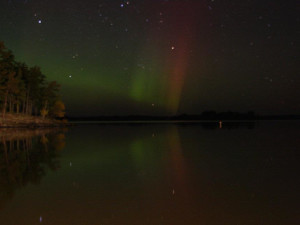 Northern lights at Kabetogama Lake Association.