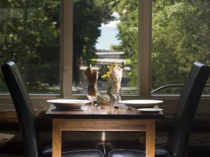 Romantic dinners at Oakwood Resort.