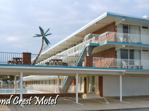 Exterior view of Diamond Crest Motel.