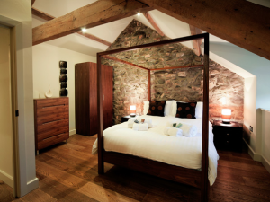 The Hay Barn - 2-bedroom residences at Natural Retreats Llŷn Peninsula, North Wales.