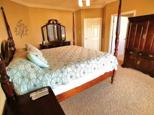 Vacation rental bedroom at Ryson Vacation Rentals.