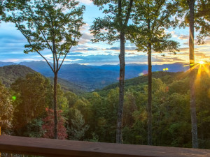 Mountain view at Smoky Mountain Getaways.